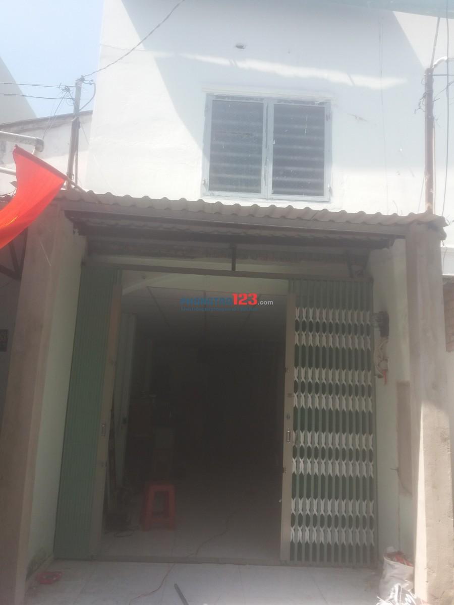 Cho thuê nhà nguyên căn 3x11 có gác, đường thông.