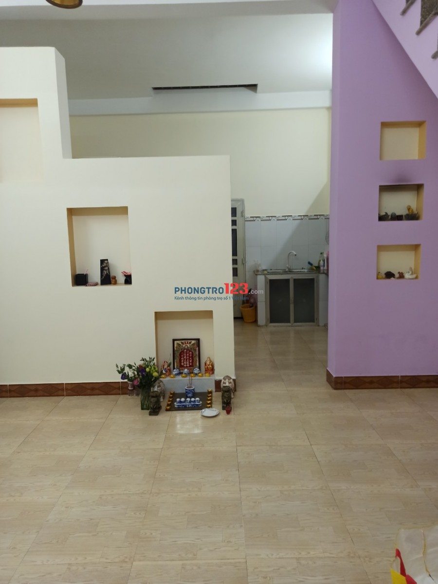 Cho thuê nhà ở Q.12, khu dân cư Nam Long, 1 trệt, 1 lầu, nhà mới, 85m2, 2 P. ngủ, 1 P. khách, sân, 2 WC, bếp.
