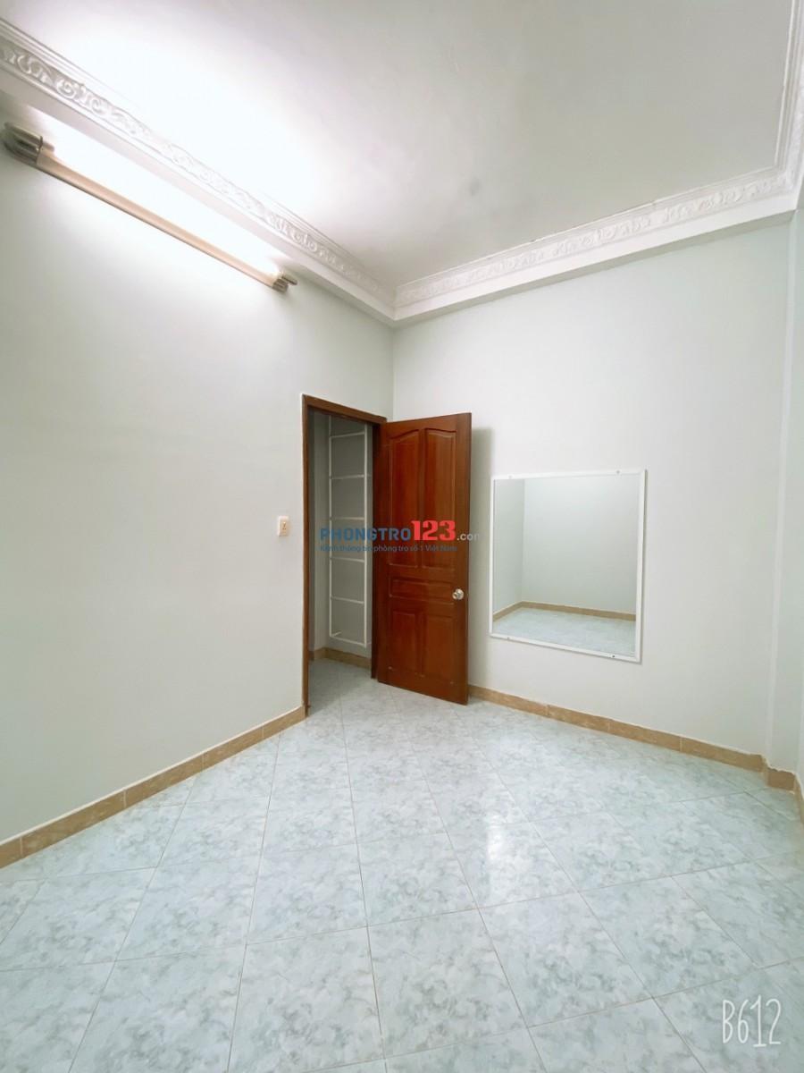 Nhà nguyên căn 62/7 Trần Bình Trọng 3.7x15m 3 tầng 6 PN, 12 tr