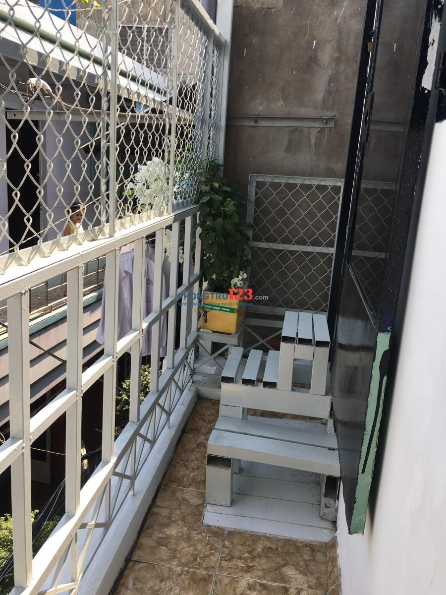 Cho thuê nhà NC 1 trệt 1 lửng 1 lầu tại hẻm 57 Điện Biên Phủ P15 BThạnh giá 8tr/th