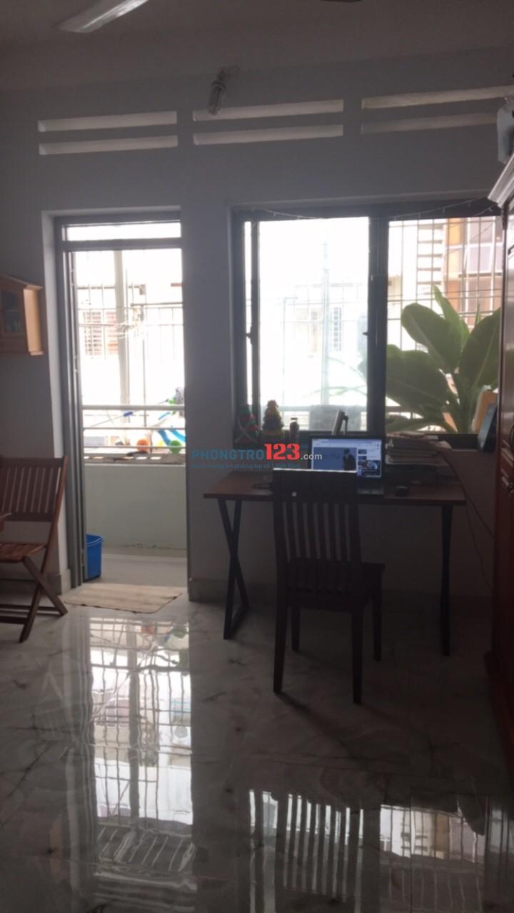 Cần cho Nữ thuê phòng CC Phạm Viết Chánh, B.Thạnh, đủ nội thất