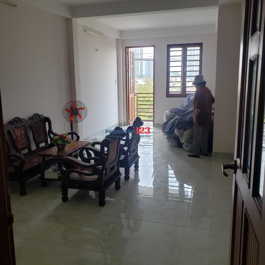Phòng trọ ít sử dụng, tình trạng tốt tại Trần Xuân Soạn ( tiện đi học, đi làm)