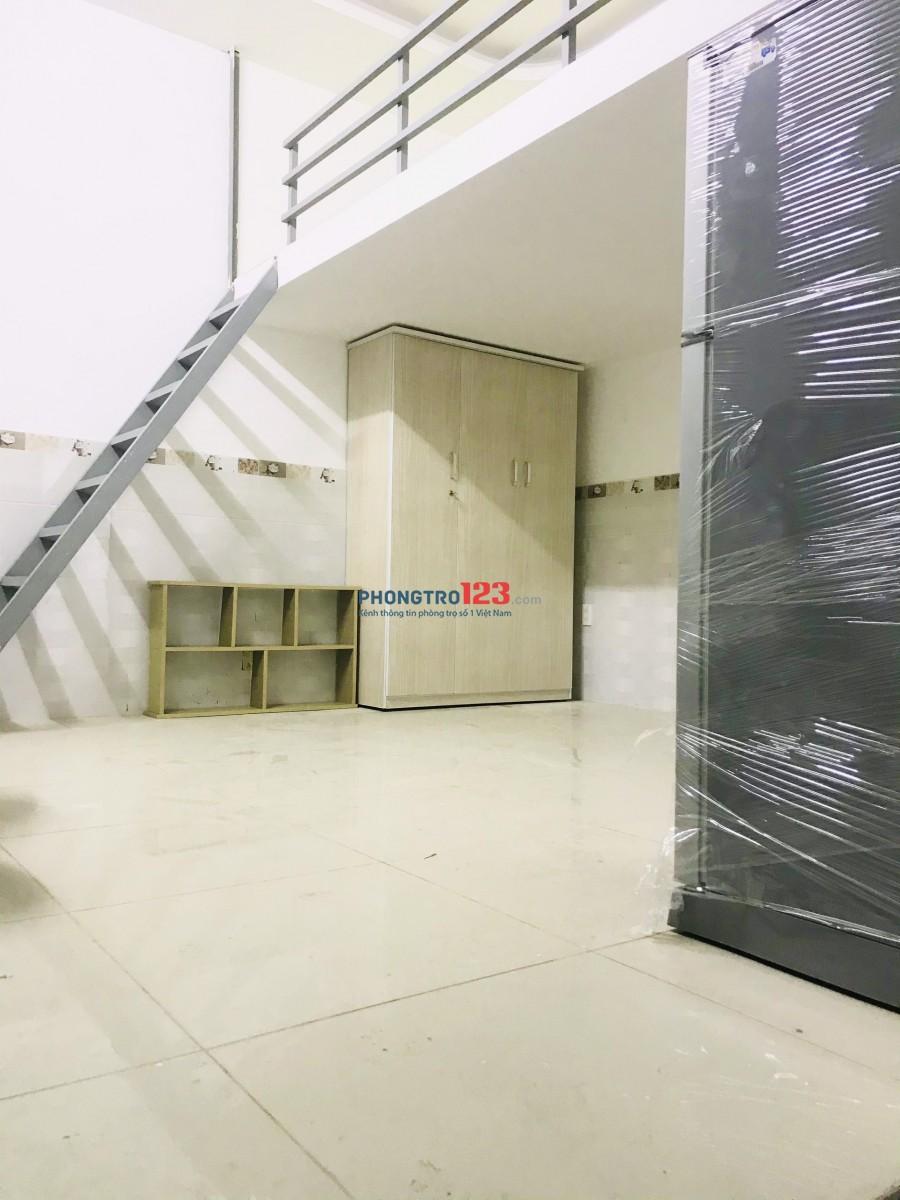 Phòng trọ cao cấp mới xây,giờ tự do,cách lũy bán bích 100m,rộng 30m