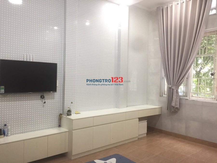 Căn hộ cho thuê full nội thất mặt tiền đường Minh Phụng