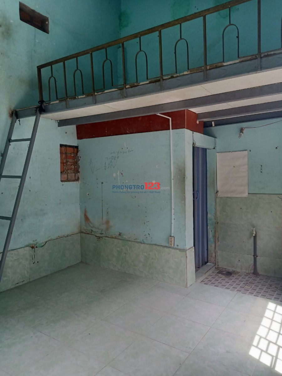 Còn 1 phòng cho thuê giá rẻ. Hẻm đối diện THPT Hiệp Bình