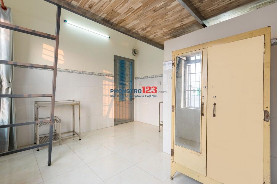 Phòng 20m2-2,8tr, có gác lửng, máy lạnh, ban công , cửa sổ, ngay trung tâm Quận Gò Vấp