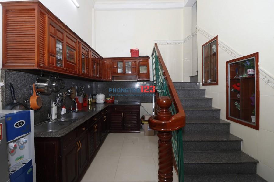 Chính chủ cho thuê nguyên căn mặt tiền 01 Phan Kế Bính full nội thất gần biển, gần KS Hương Việt