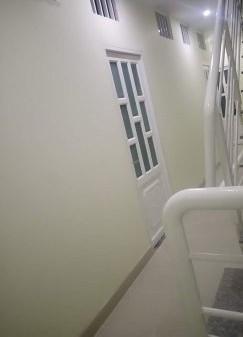 Phòng ngay sky9, giờ tự do. khép kín trong phòng Giá chỉ 2 tr có bếp có wc có tầng hầm đẻ oto