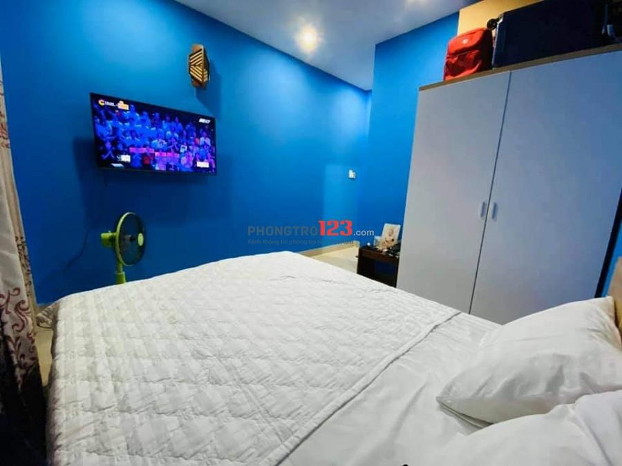 Căn hộ cc 40m2 phòng ngủ, bếp ngay khu Bùi viện quận 1