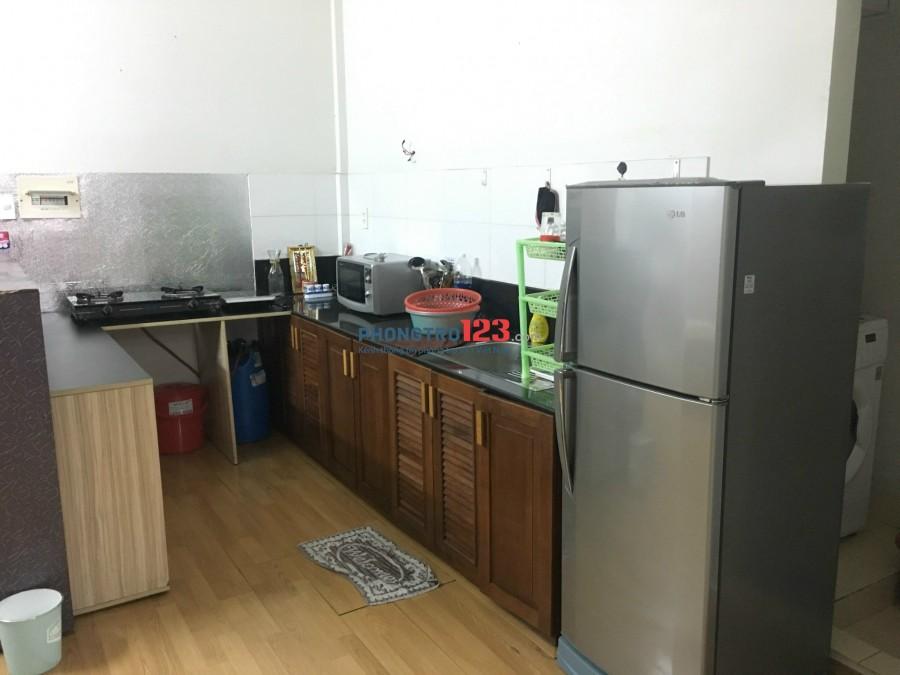 Cho thuê căn hộ chung cư Khánh Hội 3 tiện nghi, view sông, đường Bến Vân Đồn, Quận 4