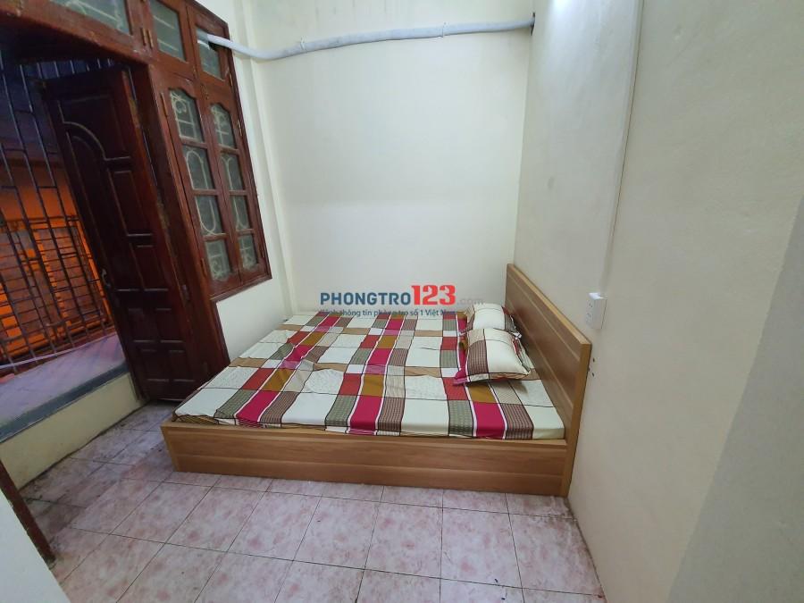 Cho thuê ccmn 2 phòng ngủ 1 phòng khách, rộng 45m2Giá 6tr/tháng