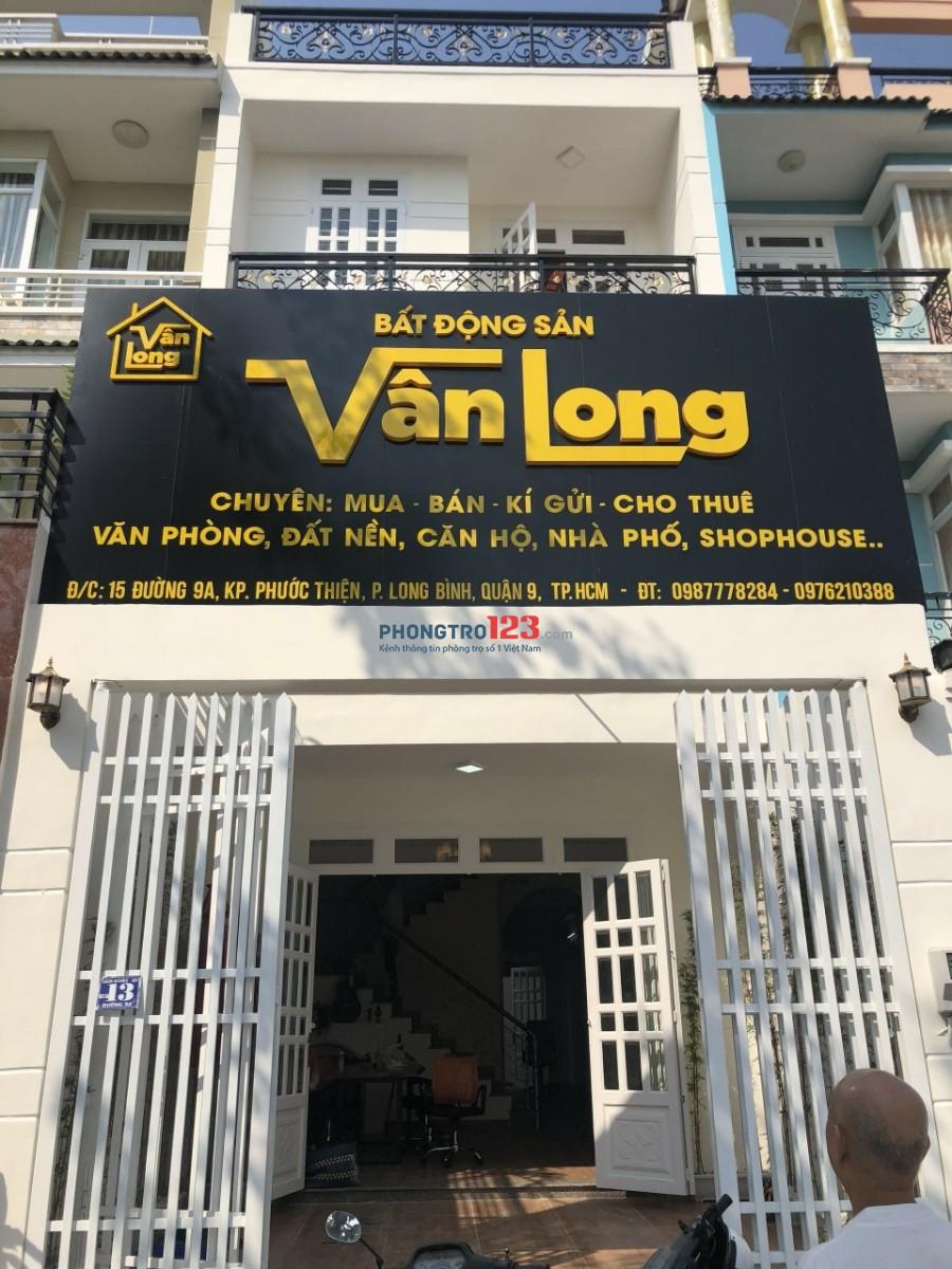 Cho thuê nhà Nguyên căn mặt tiền ngay cổng dự án Vincity Q9