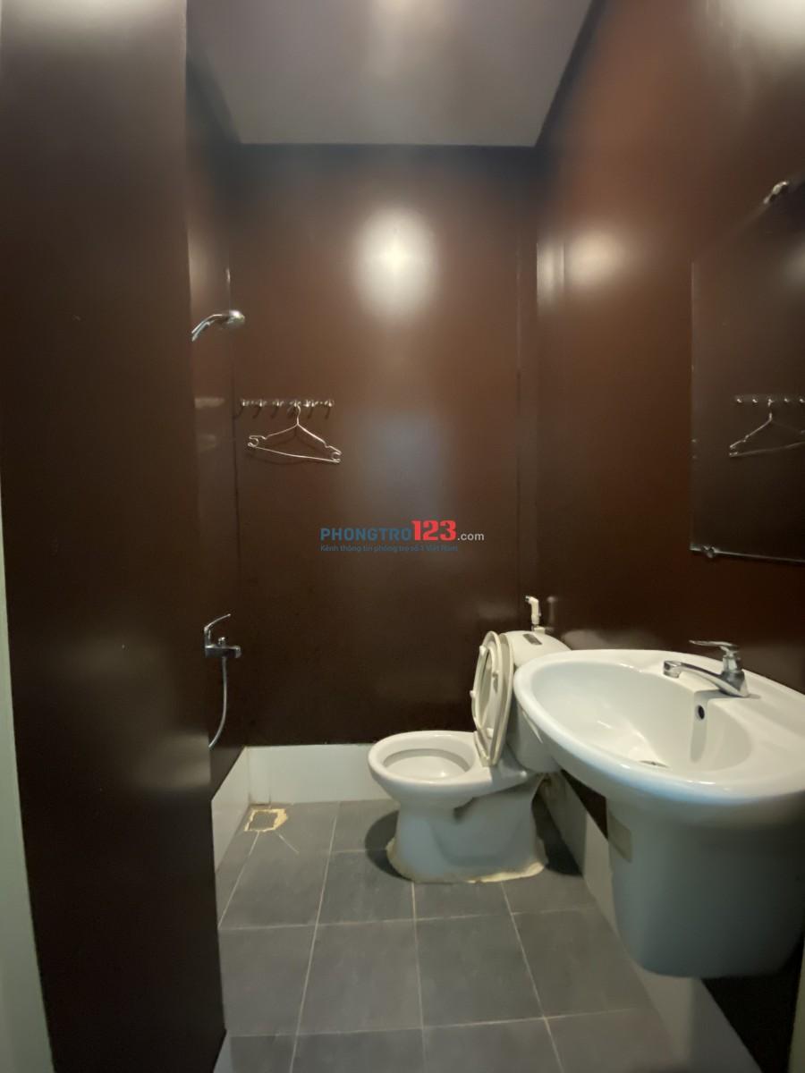 Phòng full nội thất ngay sân bay Tân Sơn Nhất
