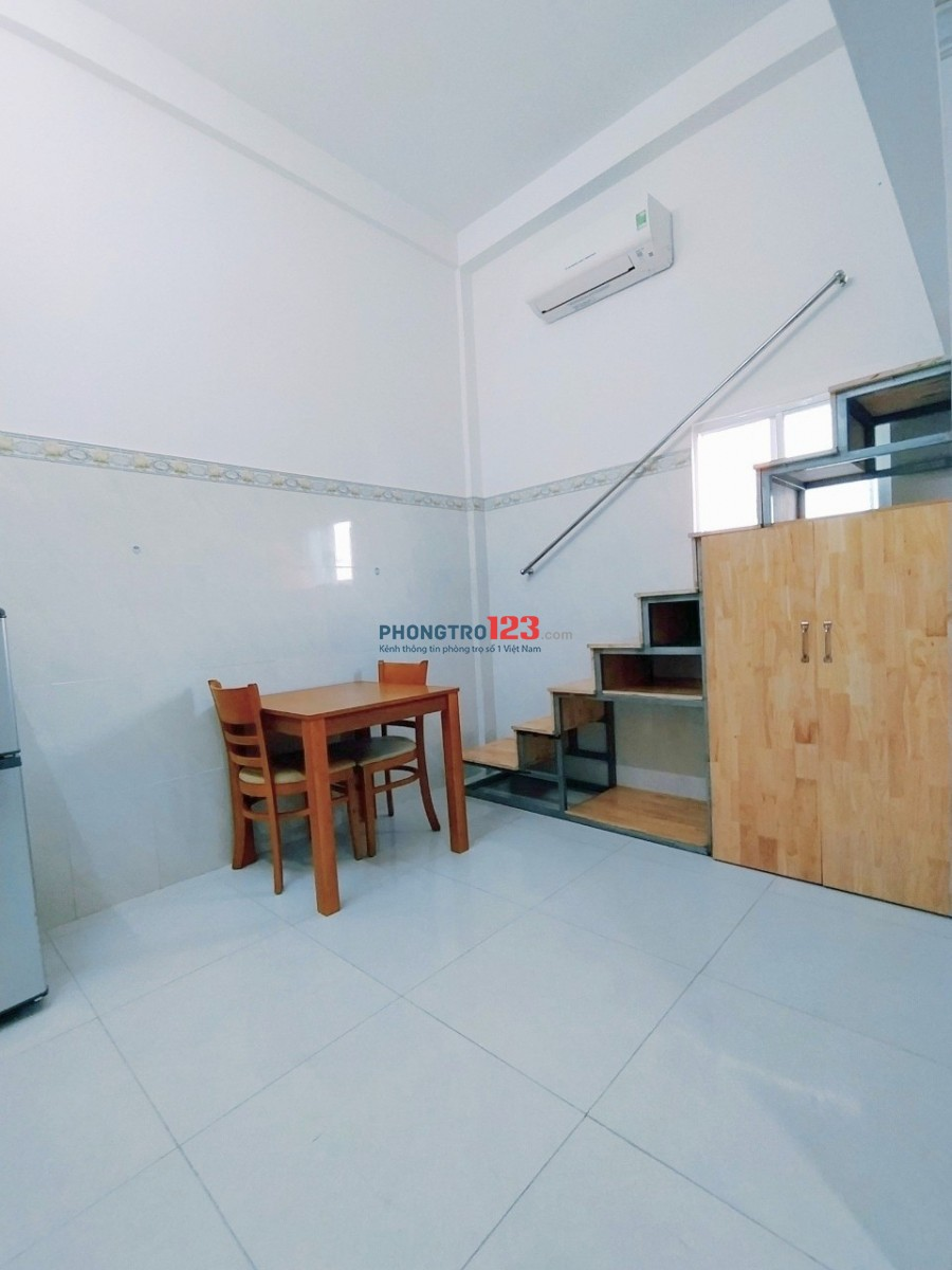 Cho thuê căn hộ dịch vụ có gác thoáng mát giá sinh viên Quận Tân Bình