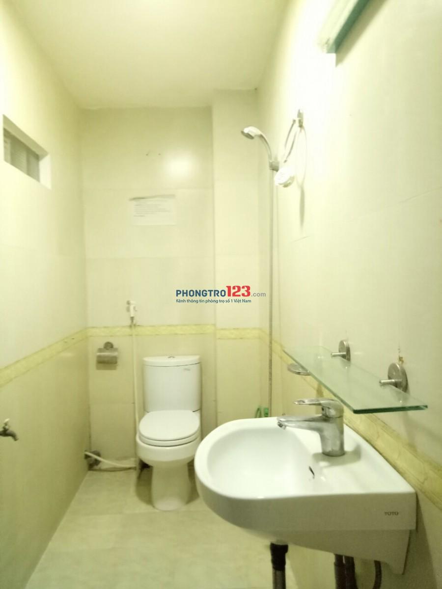 Sang MB 80m2 mặt tiền 31 Lam Sơn một phòng ở lại 15m2 + 1WC