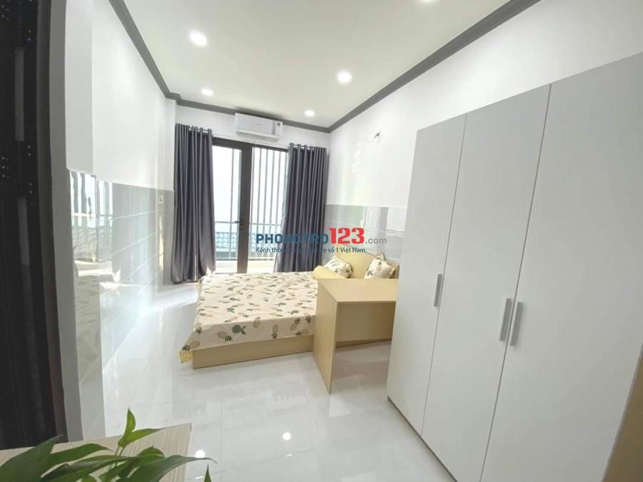 Phòng 35m2 lớn ban công full tiện nghi Sư Vạn Hạnh, Q.10 giá 6tr