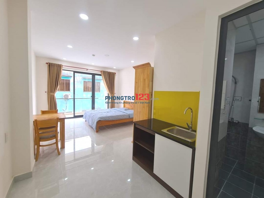 CHDV 35m² balcony full tiện nghi ngay Sư Vạn Hạnh, Q.10 giá 6tr