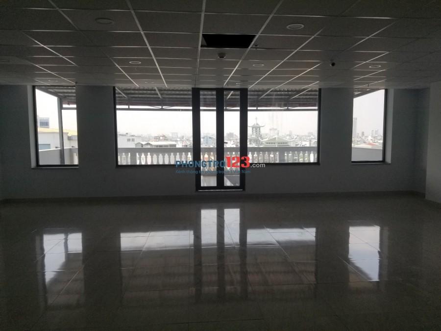 Cho thuê văn phòng quận Phú nhuận 2 mặt tiền, $12/m2/tháng