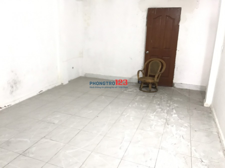 Cho thuê nhà nguyên căn mặt tiền 258 Huỳnh Tấn Phát P Tân Thuận Tây Q7