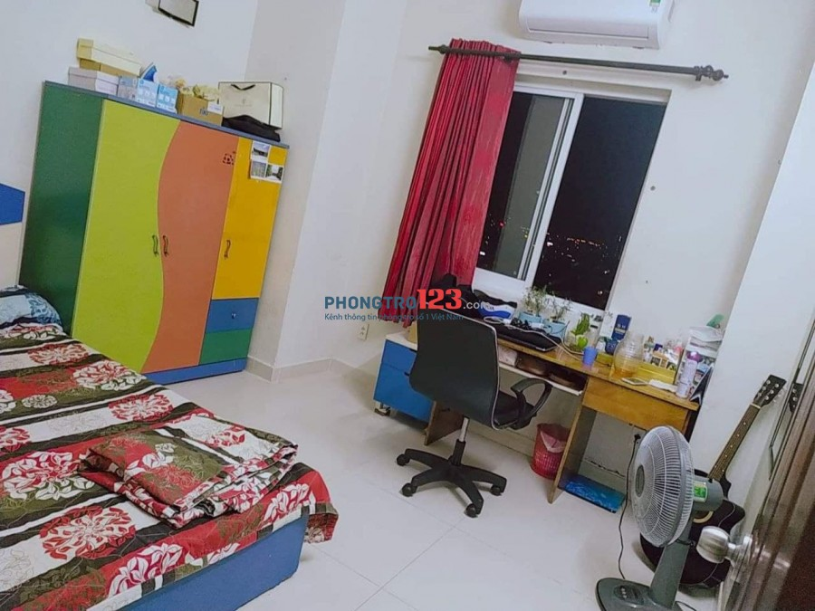 [CÓ THỂ Ở NGAY] Mình còn 02 phòng trống trong chung cư 3 phòng ngủ tại chung cư Phú Thạnh, đường Nguyễn Sơn Tân Phú