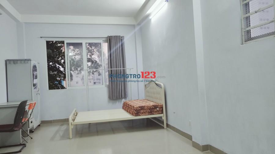 Cho thuê nhà/ căn hộ tại Trung Tâm Q10 (Tiện nghi sinh hoạt đầy đủ)
