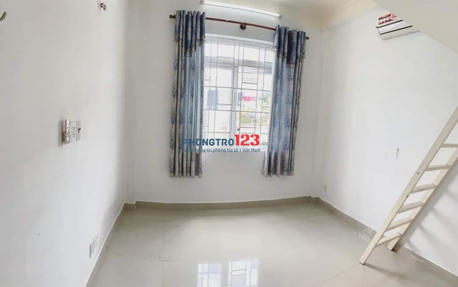 Phòng đẹp có GÁC, gần cầu Công Lý, tiện vào trung tâm Q1, Q3...
