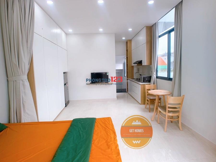 Căn hộ mới xây full nội thất ban công siêu rộng trường sơn p.4 tân bình