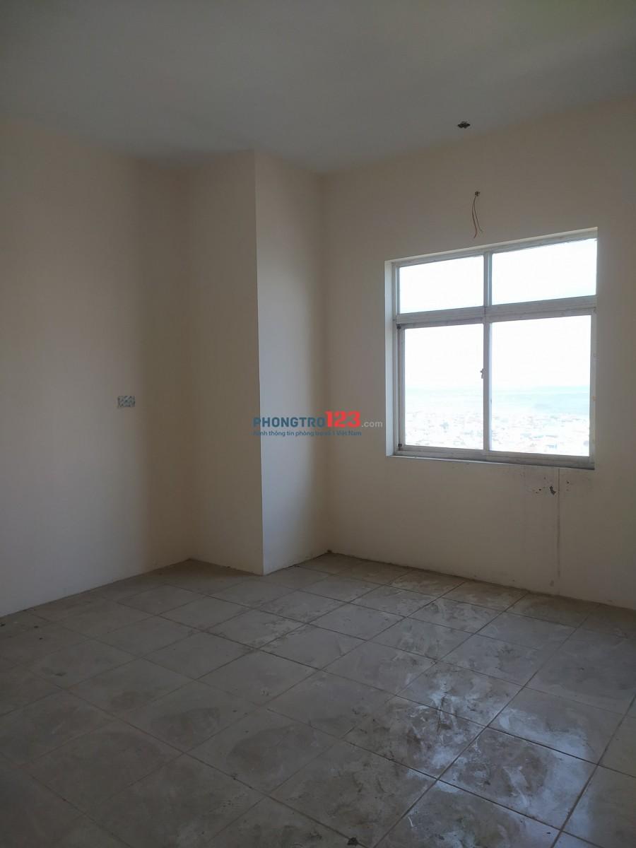 Cho thuê căn hộ 2PN, 79 Thanh Đàm, nội thất cơ bản, 5.8 triệu/tháng