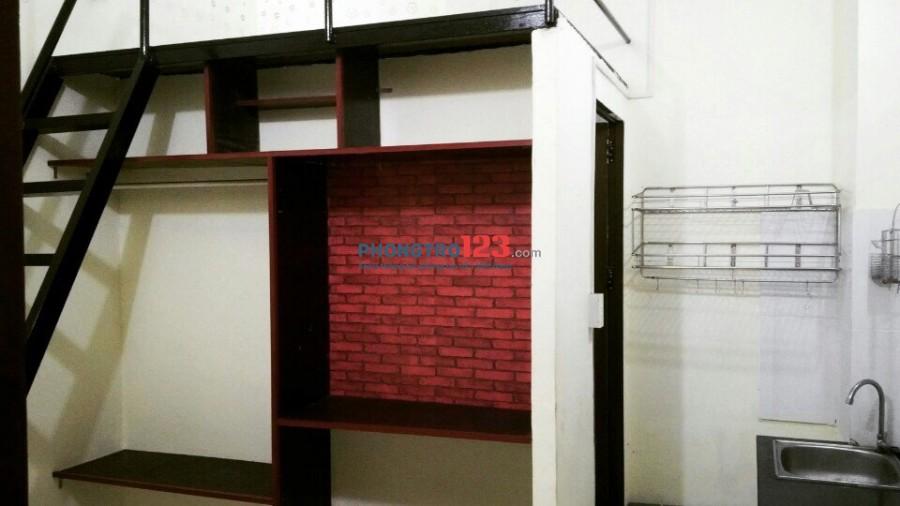 Phòng có gác Cộng Hòa 2.4tr có nội thất