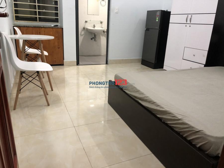 Căn hộ dịch vụ Full nội thất Nguyễn hữu Cảnh giá rẻ