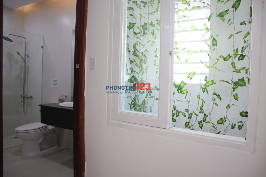 Phòng mới có Bếp 5tr ngay Trần Đình Xu gần Cinestar Nguyễn Trãi