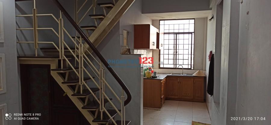 Cho thuê căn hộ chung cư giá rẻ gần cầu Phú Mỹ quận 7, ở ngay 5tr/tháng (có hình)
