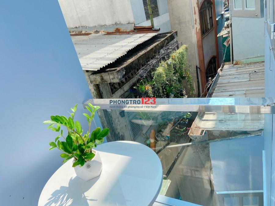 CHDV mới Full Nội Thất Balcon cửa sổ siêu thoáng giảm mạnh 500k