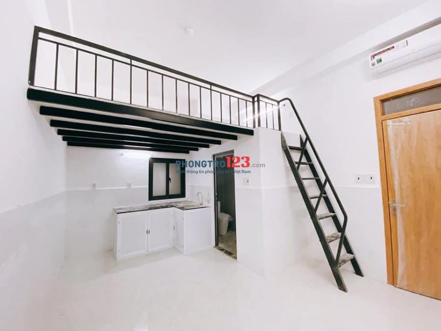 Phòng Gác 32m2, Mới thoáng, gần Hutech Bình Thạnh, Nội thất CB. Mới còn mùi Sơn