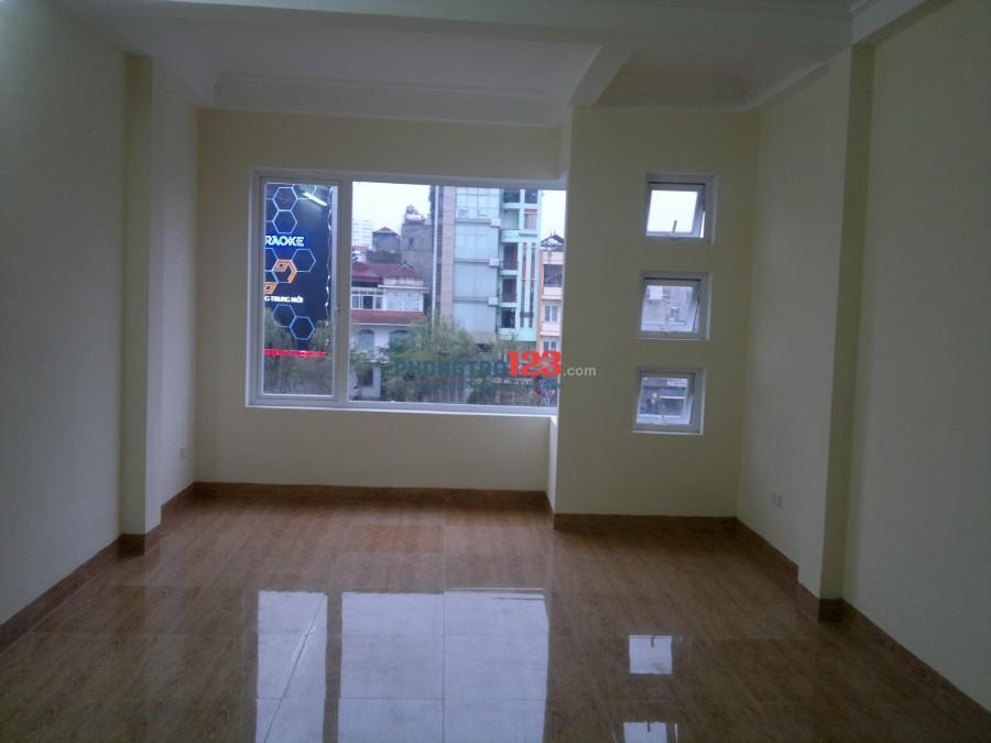 Cho thuê Phòng khép kin, nhà mặt phố tại Số 136 Phố Thương Đình, Thanh Xuân, Hà Nội. Chính chủ 0913036359