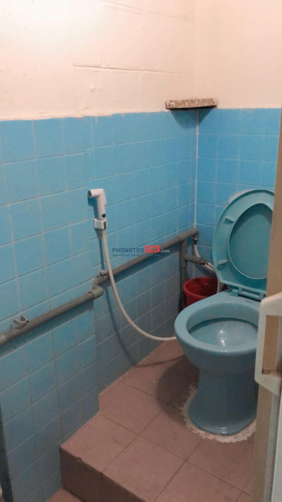 Cho thuê chung cư nguyên căn 4x10 Ngô Gia Tự