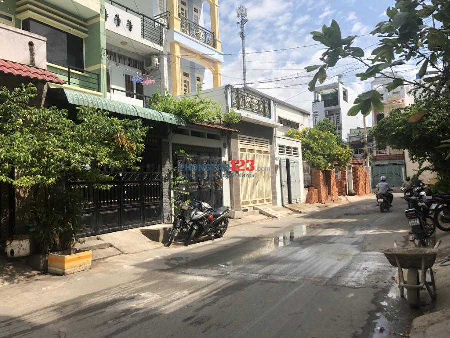 Nhà nguyên căn 52/2 Đình Tân Khai, 100m2, 1 Trệt + 1 Lửng + 1 Bếp + 1WC. (Thuận tiện vừa ở, làm kho hoặc sản xuất nhỏ)