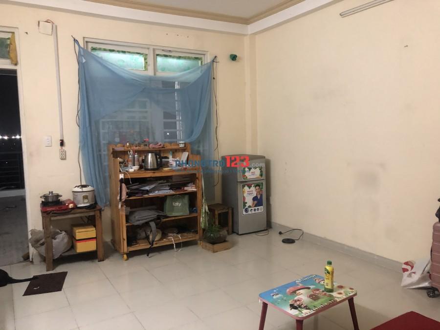 Phòng trọ sân thượng Tân Bình view Sân Bay