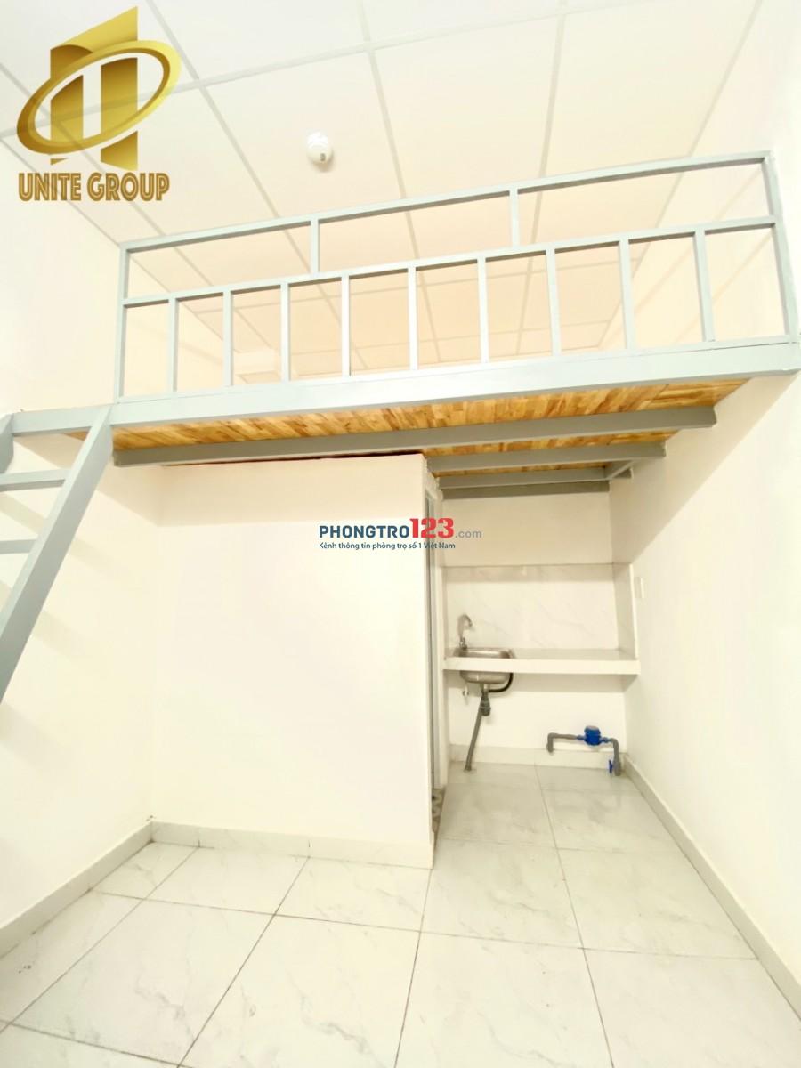 Phòng trọ giá rẻ, ban công thoáng khu Tân Quy, quận 7, gần Lotte