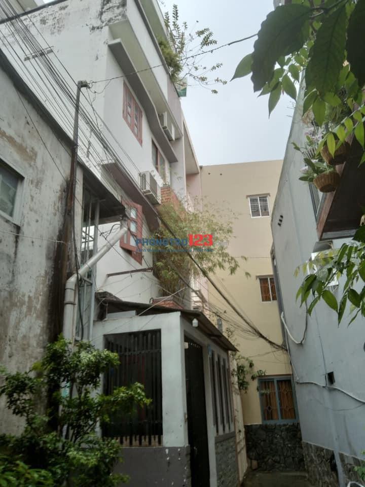 Cho thuê nhà hẻm 430 Điện Biên Phủ, P17, Q. Bình Thạnh.