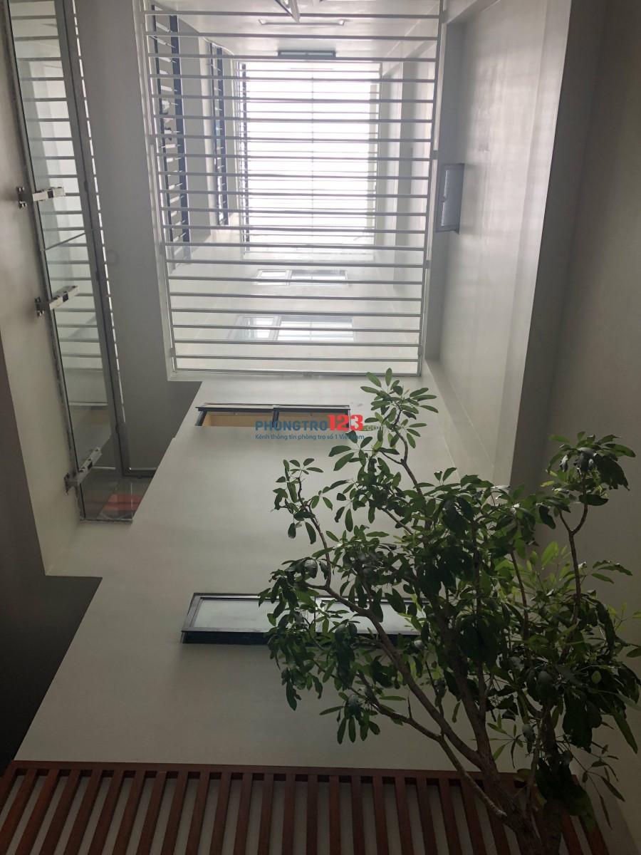 Annhien building >> Deluxe Room: còn 01 phòng, có gác, ban công, máy lạnh, tivi, Gía 6tr/ tháng