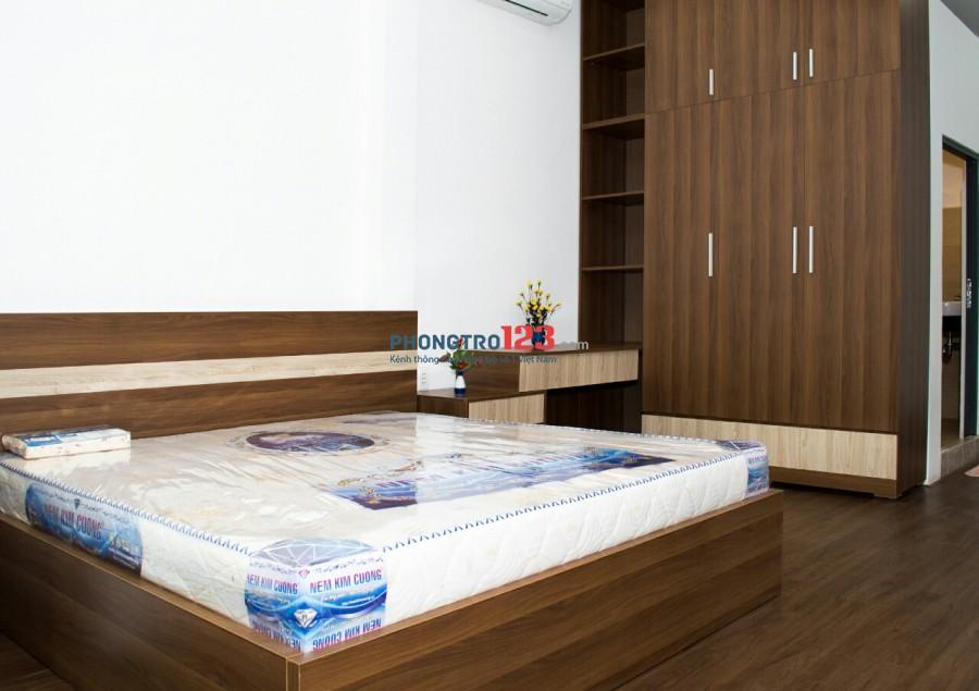 Cho thuê căn hộ 72m2 Full nội thất cao cấp, hẻm xe hơi đường Phạm Hùng