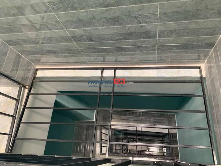Nhà mới xây, cho thuê giá rẻ quận Tân Bình