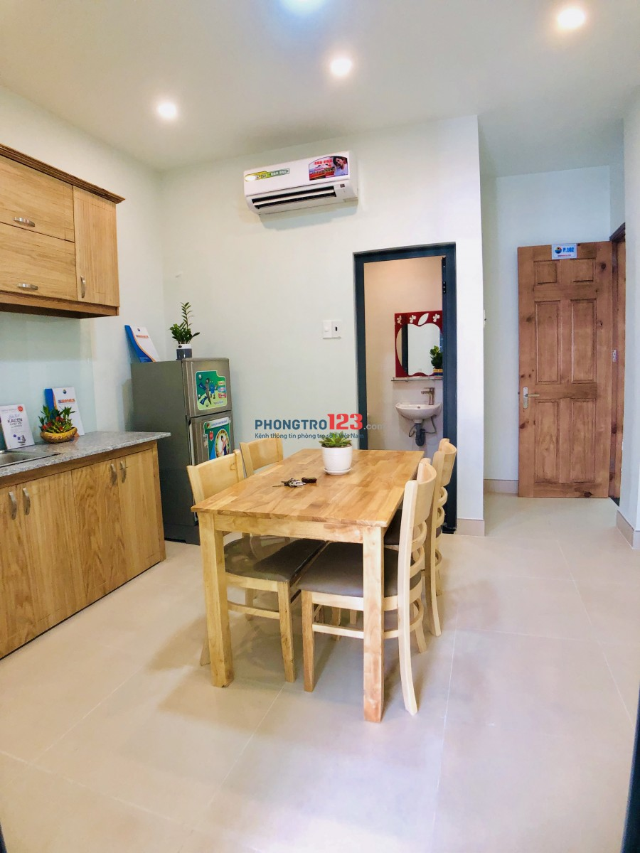 Cho thuê phòng thiết kế 1 phòng ngủ và 1 phòng bếp gần công viên làng hoa, giờ giấc tự do