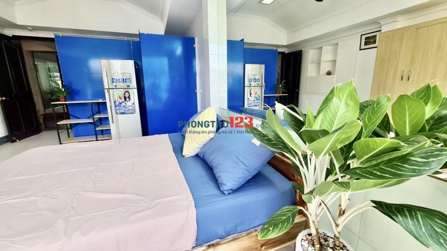 Căn hộ mini có full nội thất, có ban công đường CMT8, Q1