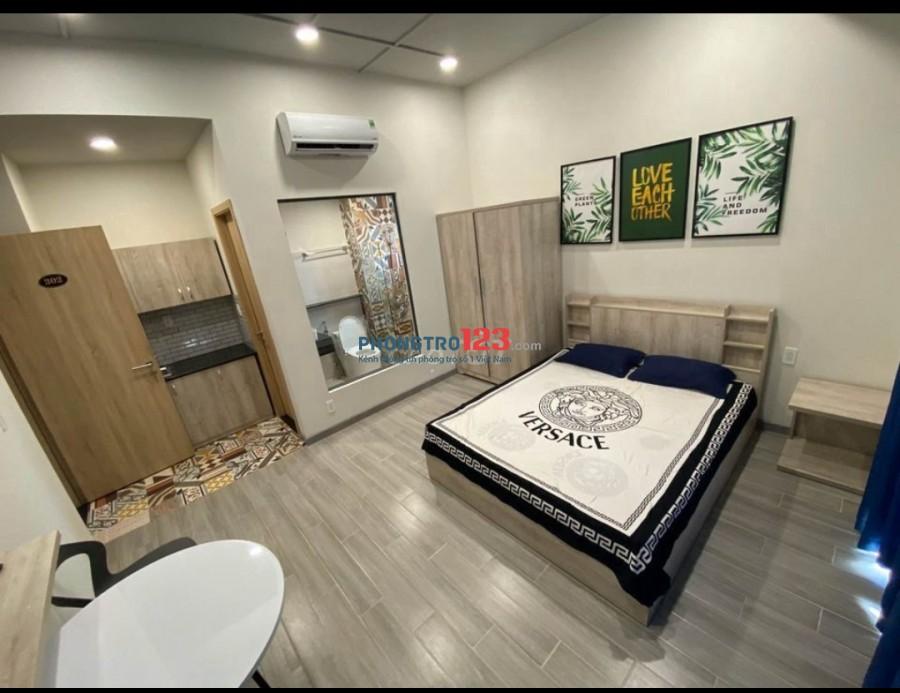 Phòng 25m² ban công view sông, MỚI full nội thất đẹp+thoáng, Thang máy Ngô Quyền giá 4tr5