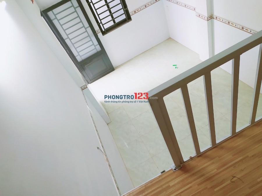Phòng có gác rộng 30m2 có thể ở tối đa 4 người - giá sinh viên Gò Vấp