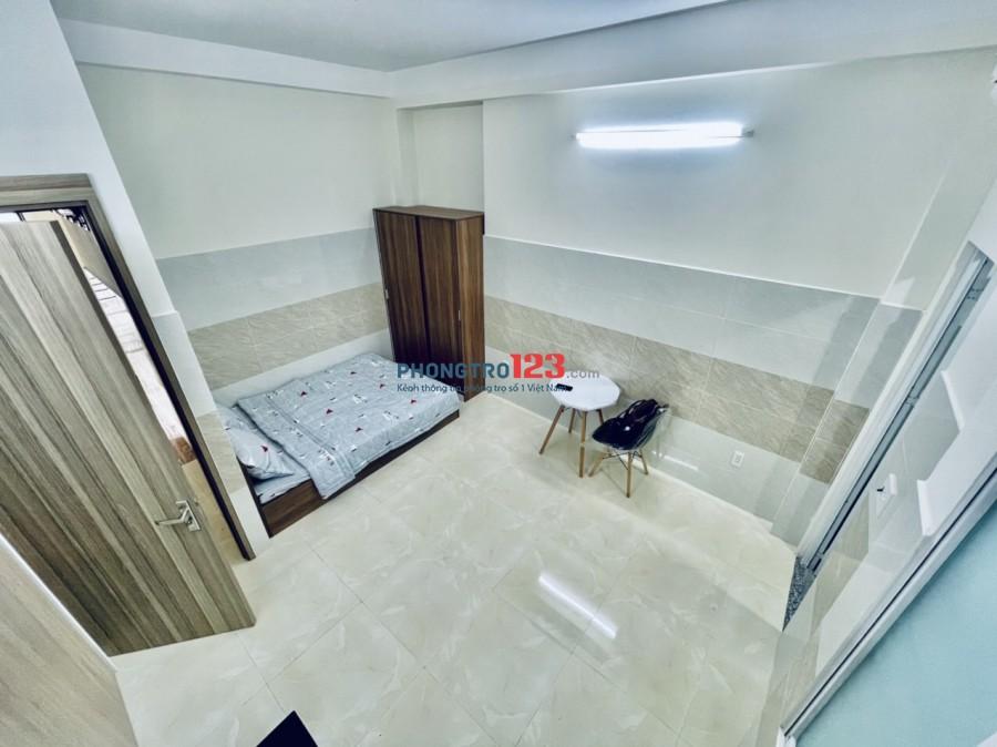 Phòng Full nội thất-Đối diện ETown Cộng Hòa