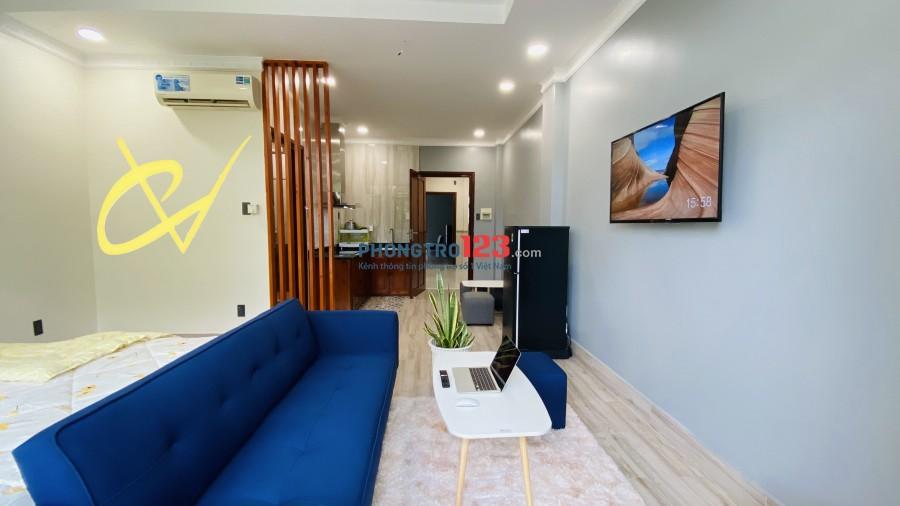 Cho thuê phòng trọ ban công, nội thất cao cấp, mặt tiền đường D1, Bình Thạnh