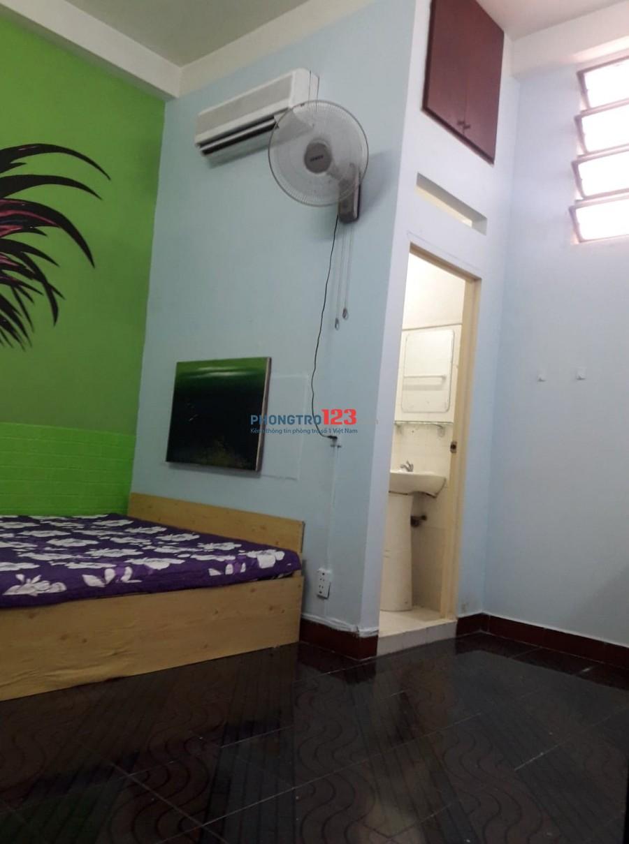 Phòng lầu 1, Dt 24m2, quận 3, full đồ thoáng mát, giá 3,5tr/ tháng.